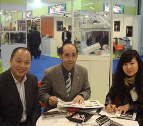 Germen Customer and Honghui